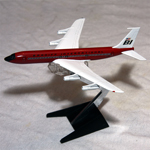 Braniff 707 Red